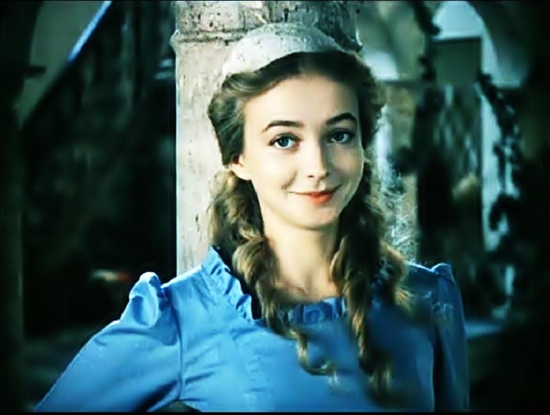 natalja vavilova kadr iz filma uchenik lekarja shapka