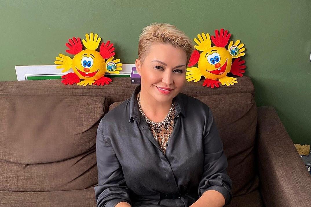 «Не надо смеяться»: Катя Лель утверждает, что талантом ее наделили инопланетяне